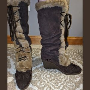 SE Boutique Brown Suede Faux Fur Wedg Tie Up Boots